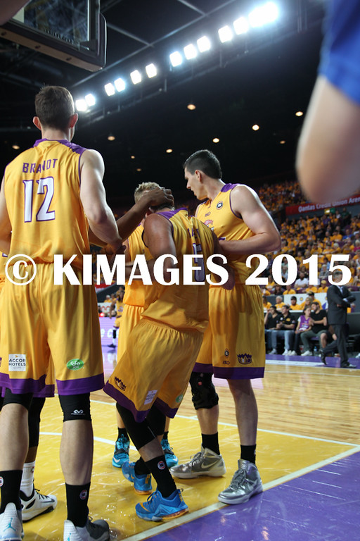 NBL 2015-16 Kings Vs Taipans 10-10-16 - 01298