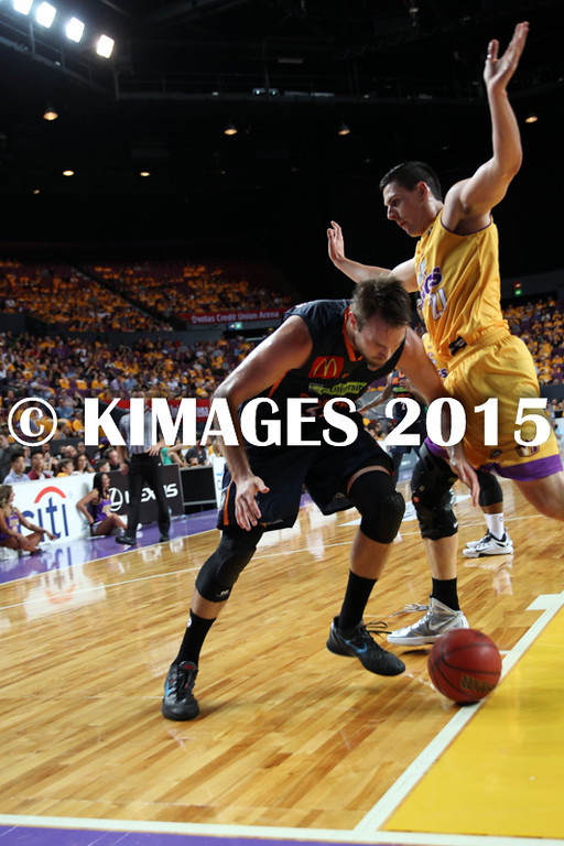NBL 2015-16 Kings Vs Taipans 10-10-16 - 01259