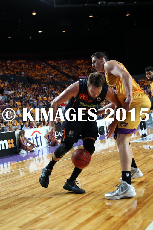 NBL 2015-16 Kings Vs Taipans 10-10-16 - 01257