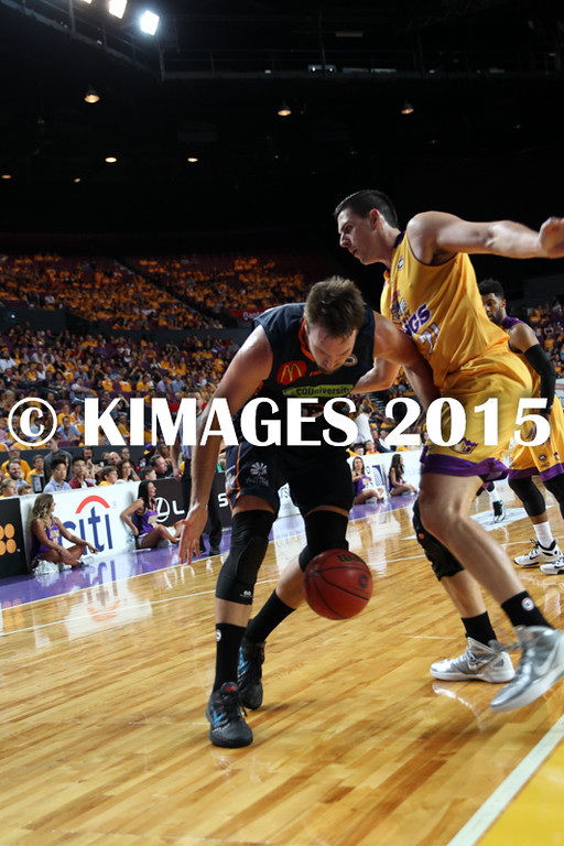 NBL 2015-16 Kings Vs Taipans 10-10-16 - 01258