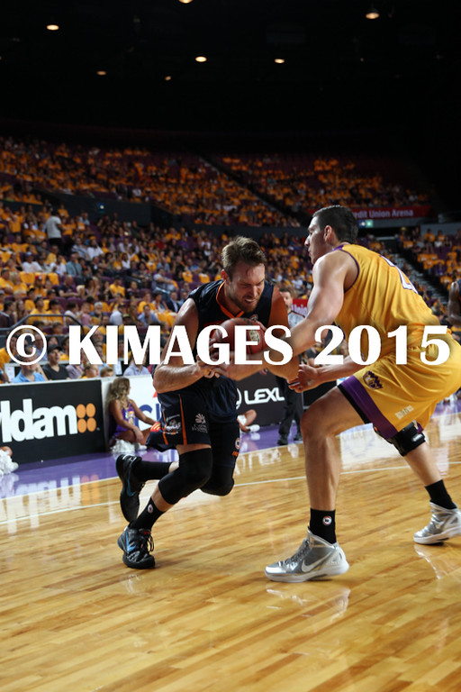 NBL 2015-16 Kings Vs Taipans 10-10-16 - 01254