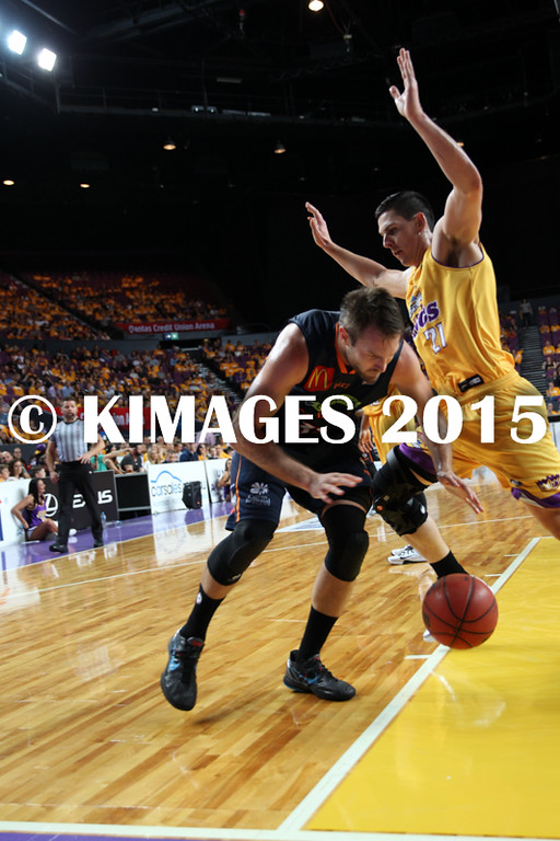 NBL 2015-16 Kings Vs Taipans 10-10-16 - 01260