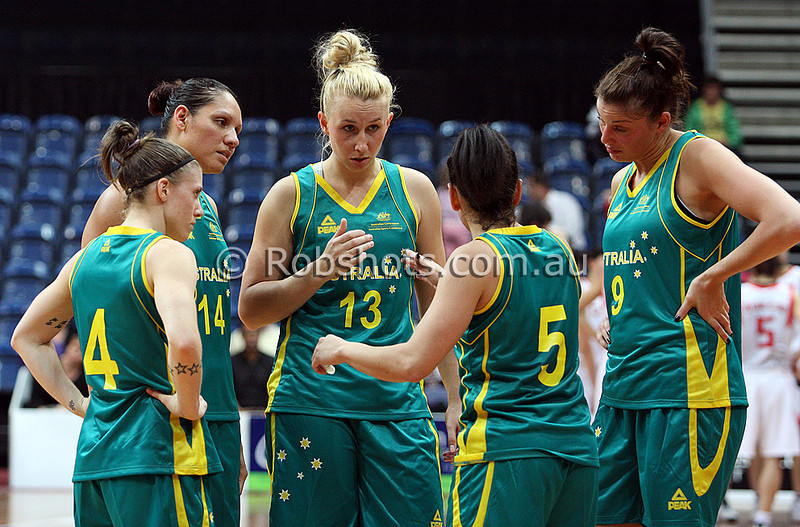 Opals Vs China - AIS Arena 11th August 2009 - Huddle 002