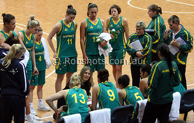 Opals Vs China - AIS Arena 11th August 2009 - Huddle