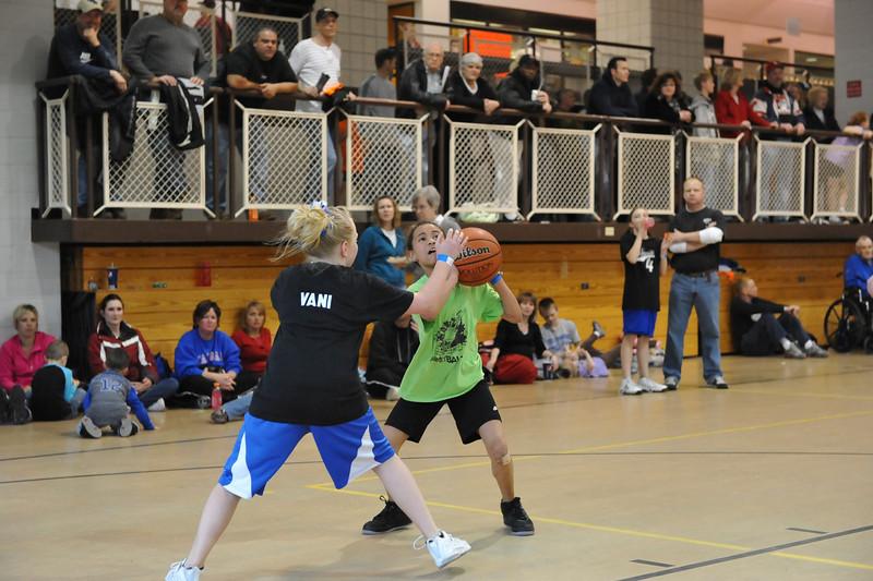 Quincy 3-3 Fan4 vs Ldy Pnthrs 03-20-10 038
