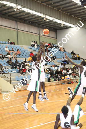 Sudanese Comp 19-20-12-09 - ©KIMAGES093911