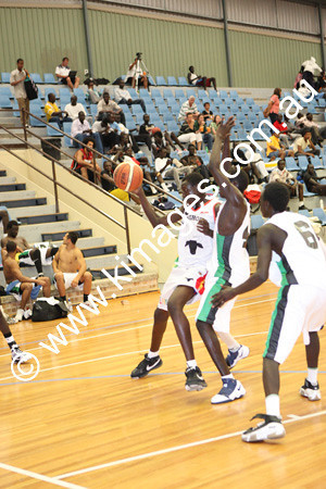 Sudanese Comp 19-20-12-09 - ©KIMAGES093927