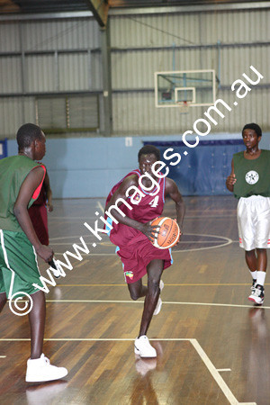 Sudanese Comp 19-20-12-09 - ©KIMAGES092861