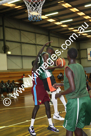 Sudanese Comp 19-20-12-09 - ©KIMAGES092850