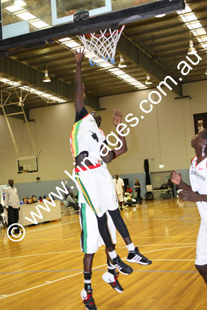 Sudanese Comp 19-20-12-09 - ©KIMAGES093485