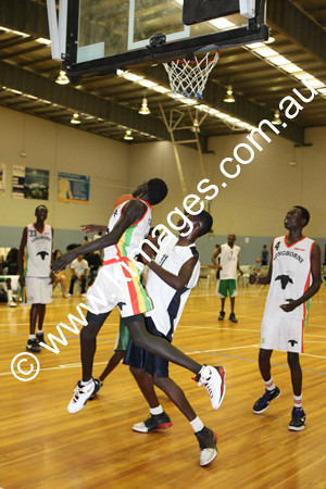 Sudanese Comp 19-20-12-09 - ©KIMAGES092911