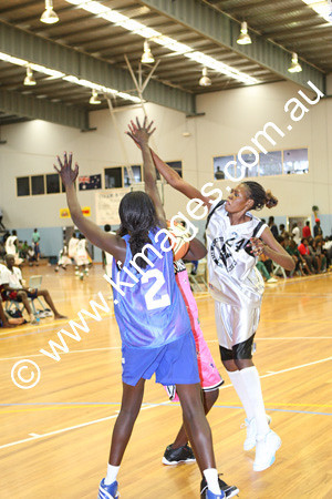 Sudanese Comp 19-20-12-09 - ©KIMAGES094020