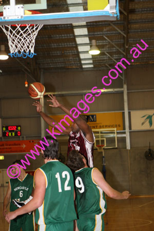WABL M Manly Vs Newcastle 3-5-08_0022