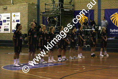 Flames Vs AIS 30-10-09 ©Kimages09_0031