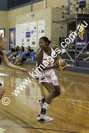 Flames Vs Perth 13-2-10 ©KIMAGES2010 - 0020