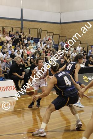 Flames Vs Perth 13-2-10 ©KIMAGES2010 - 0035