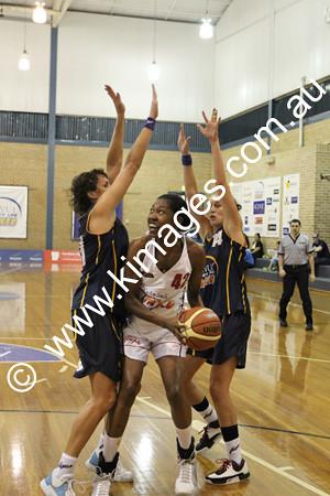 Flames Vs Perth 13-2-10 ©KIMAGES2010 - 0045