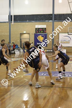 Flames Vs Perth 13-2-10 ©KIMAGES2010 - 0029