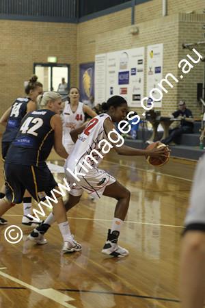 Flames Vs Perth 13-2-10 ©KIMAGES2010 - 0018