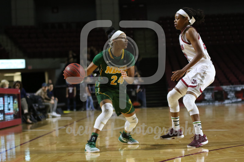 North Dakota State Bison guard Tyrah Spencer (24)