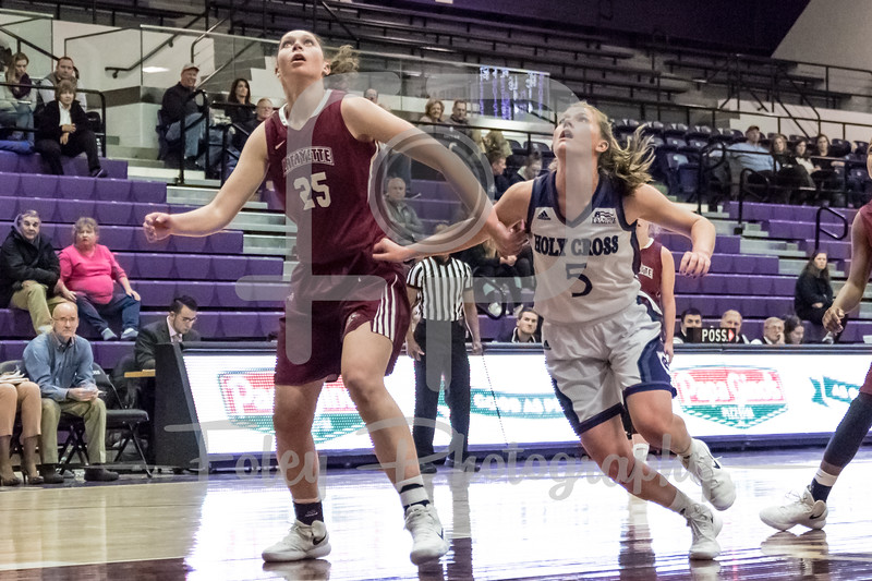 Lafayette Leopards forward Natalie Kucowski (25) Holy Cross Crusaders guard Katie Doherty (5)