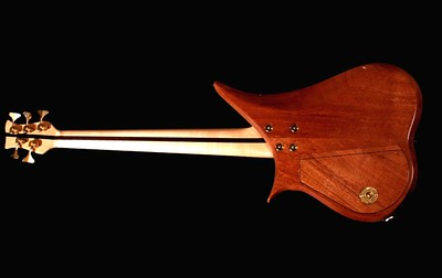 IMG_0652 BLDesign.us: 008 Marozi 5-string bolt-on prototype. Photos: Marc Pagano. Slideshow Music: Nick Rosenthal and Beau Leopard.  All Content © 2005-2007 Beau Leopard Design .:. Custom Bass Guitars