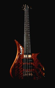 IMG_0637 BLDesign.us: 008 Marozi 5-string bolt-on prototype. Photos: Marc Pagano. Slideshow Music: Nick Rosenthal and Beau Leopard.  All Content © 2005-2007 Beau Leopard Design .:. Custom Bass Guitars