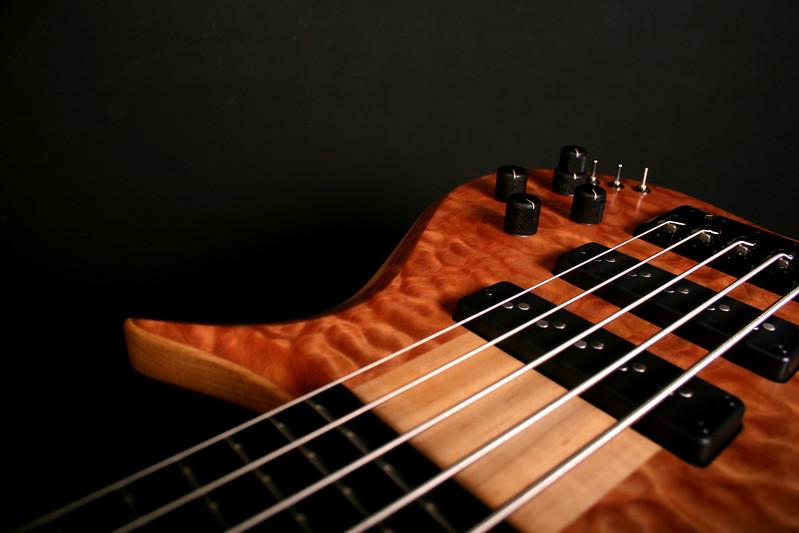 #017 Barbary 5 String Bass