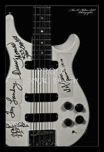206.1952 PRS Bass in Black and White