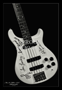 203.1952 PRS Bass in Black and White