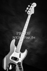 251.1834 Fender 1965 Jazz Bass Black and White