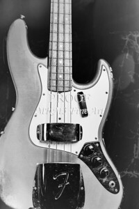 265.1834 Fender 1965 Jazz Bass Black and White