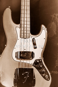 264.1834 Fender 1965 Jazz Bass Black and White