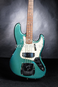 019.1834 Fender 1965 Jazz Bass Color