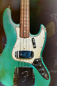 008.1834 Fender 1965 Jazz Bass Color