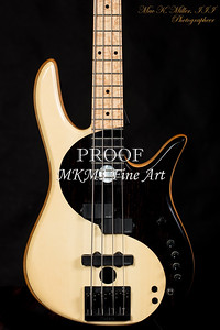 101.1953 Monarch Yin Yang 4 Bass in Color