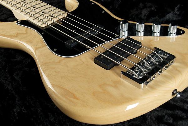 J5 Bass #3251 Natural Finish, Grosh Vintage J/JJ Pickups, Hipshot Bridge, and Keys.
