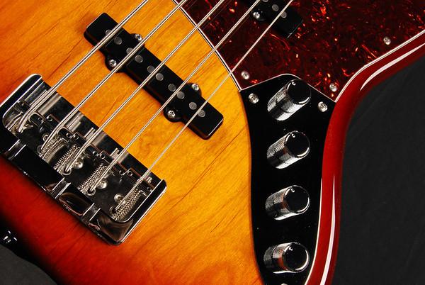 J5 Bass, Trans Tobacco Burst