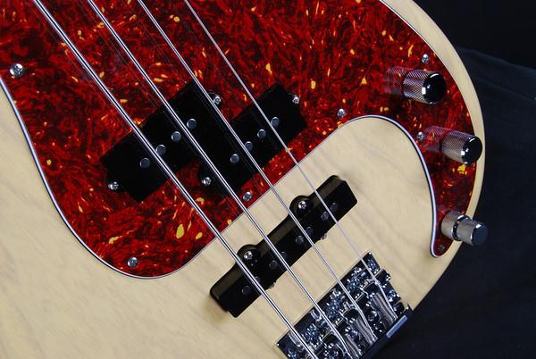 PJ4 Bass, Mary Kay Blonde