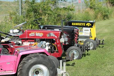 Batavia garden tractor pull