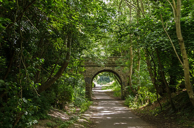 Nearing Devonshire Tunnel I believe that only a footpath was carried on this bridge.