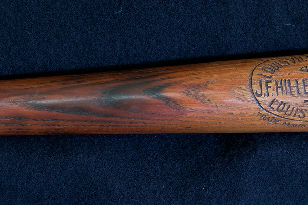 Eddie Collins 1910/1915 Decal Bat; JF Hillerich & Son Co. 40EC