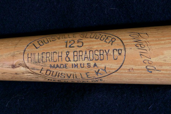 Babe Ruth bat; Pro Model R43 Louisville Slugger, 1950/1955