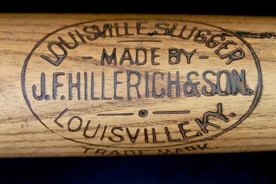 JF Hillerich & Son Bat 1900/1905 Reverse Label