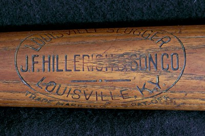 JF Hillerich & Son Co; 1910/1915 Double Dash-Dot-Dash