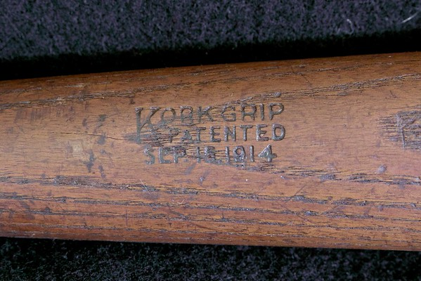JF Hillerich & Son Co; 1914/1915 40K Cork Grip Bat
