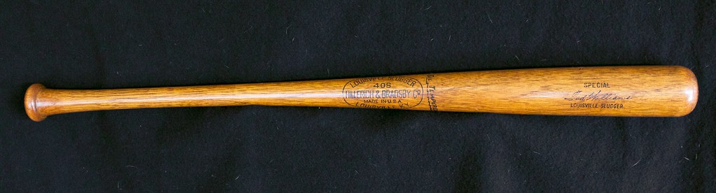 Ted Williams 1940/1945 Oil Tempered 40S Louisville Slugger