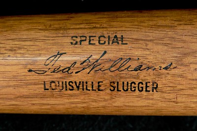Ted Williams (HOF '66) 1940/1945 Oil Tempered 40S Louisville Slugger