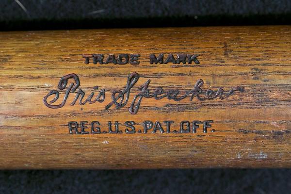 Tris Speaker 1922/1926 Pro Model 250 Louisville Slugger