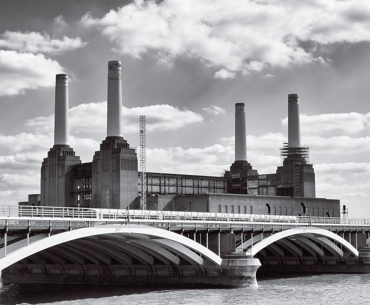 Battersea Bridge and Battersea Power Station